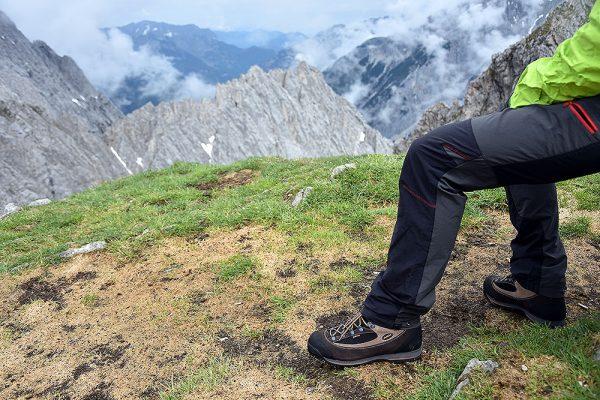 a709a2f6 Co trzeba wiedzieć, by kupić dobre buty trekkingowe? Porady Bartka Chwistka  ze sklepu Polar Sport