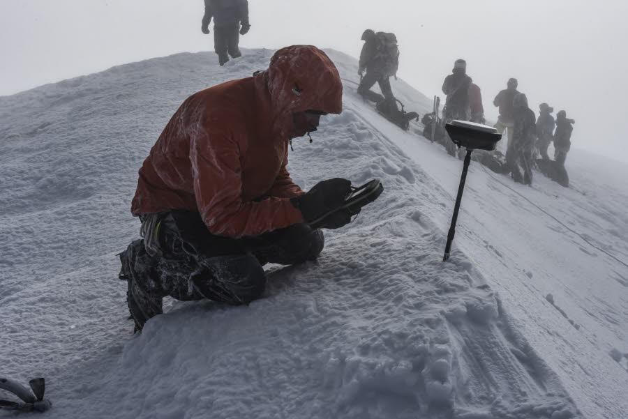 Pomiar wysokości Mont Blanc, warunki w tym roku nie były idelane...