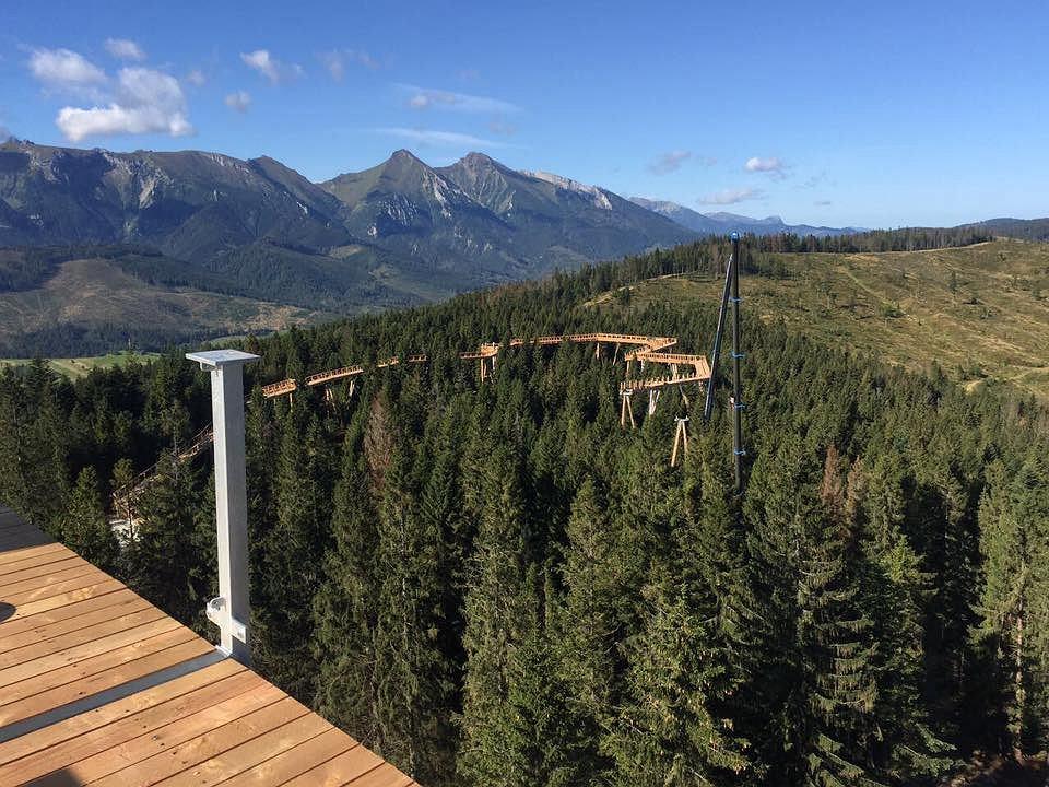 Widok z wieży widokowej - części nowo powstałej atrakcji (fot. Chodník korunami stromov profil FB)