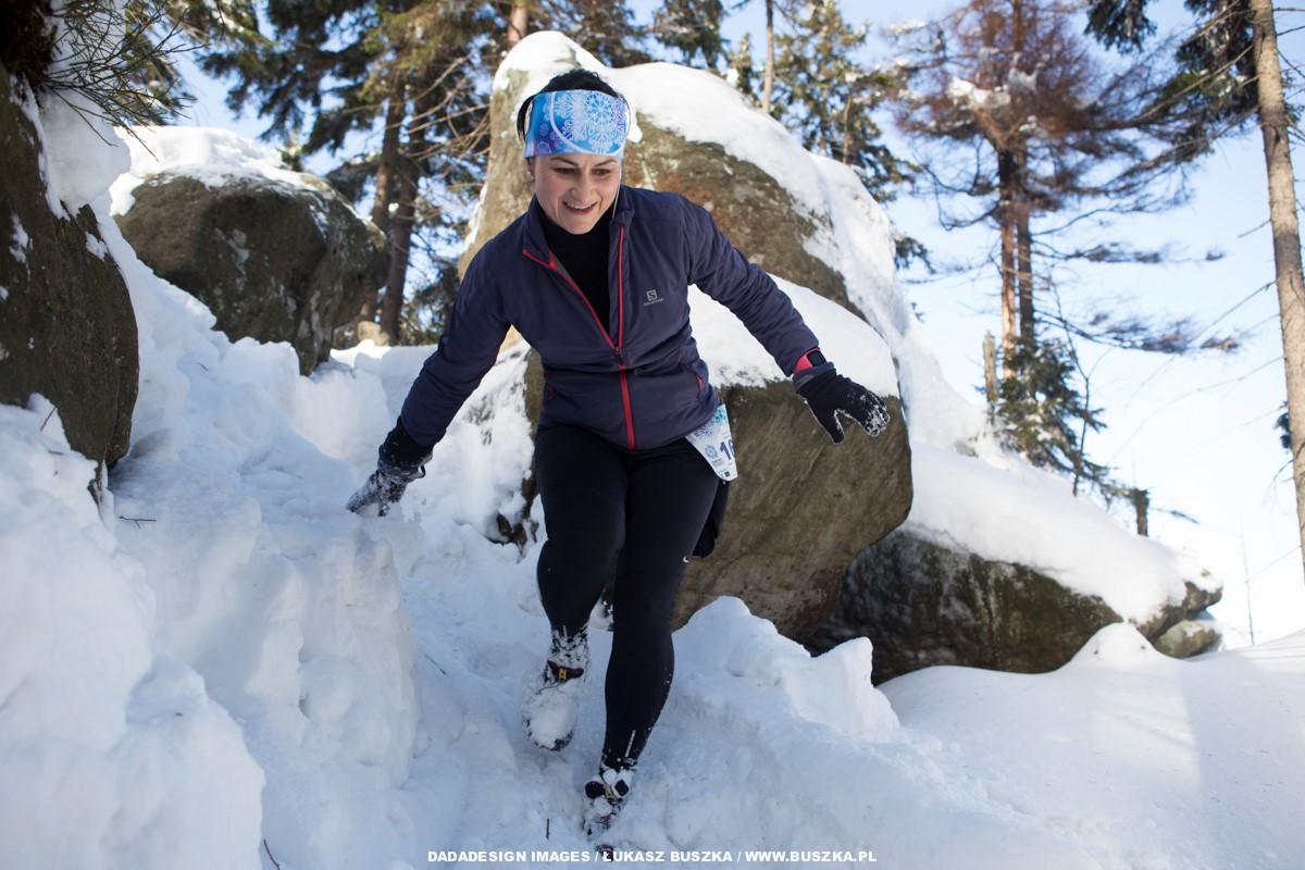 20 stycznia odbędzie się IV edycja Zimowego Półmaratonu Gór Stołowych (fot. Łukasz Buszka/ DADADESIGN)
