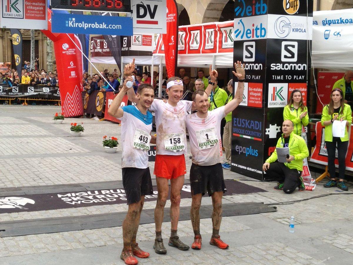 Od lewej: Bartłomiej Przedwojewski, Marc Angermund-Vik i Remi Bonnet (fot. Goierriko HITZAren - Twitter)