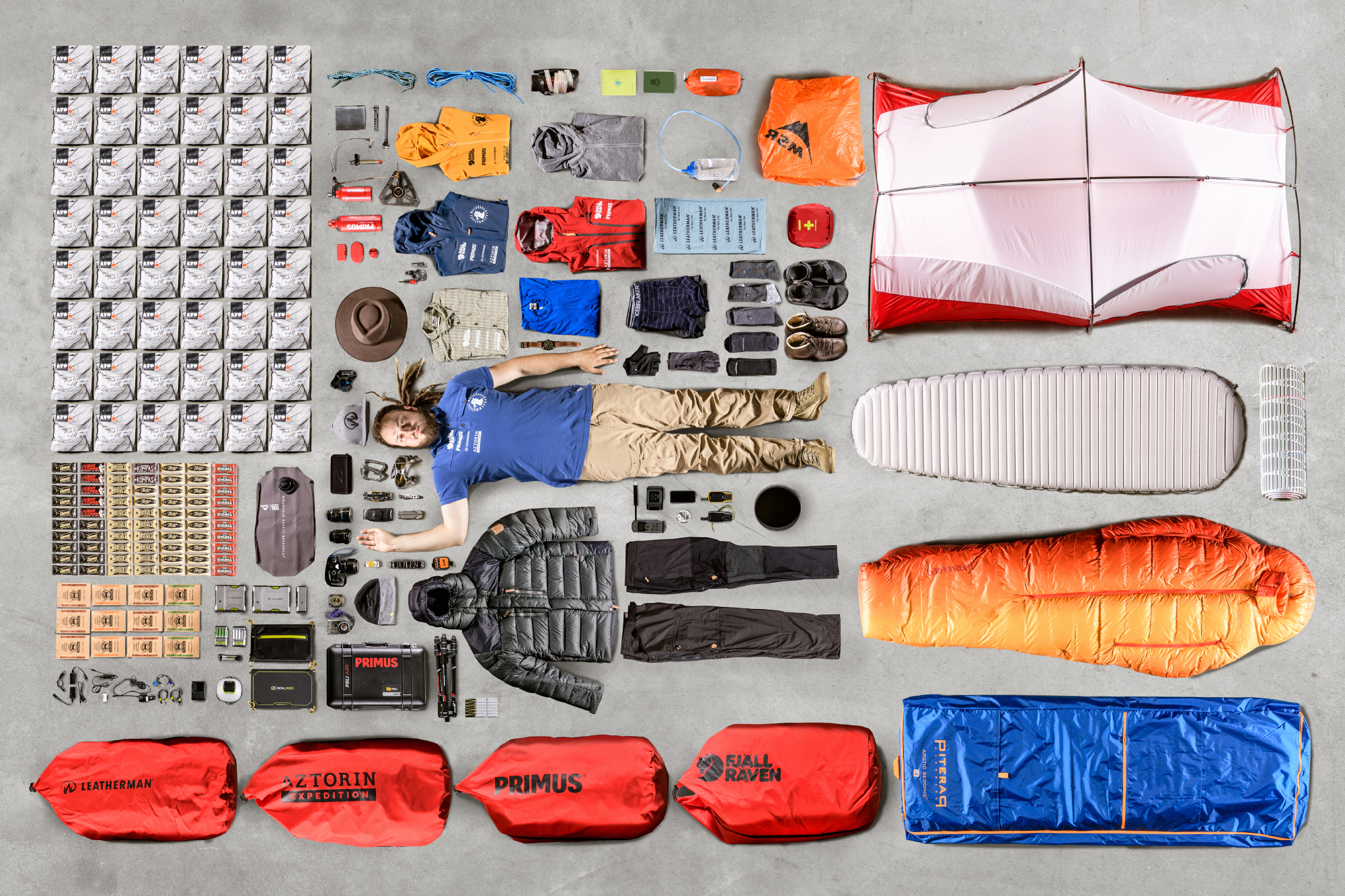 Sprzęt, szczególnie jego ilość, czy jakość bardzo często potrafi zaważyć na losach wyprawy (fot. Dawid Galiński)