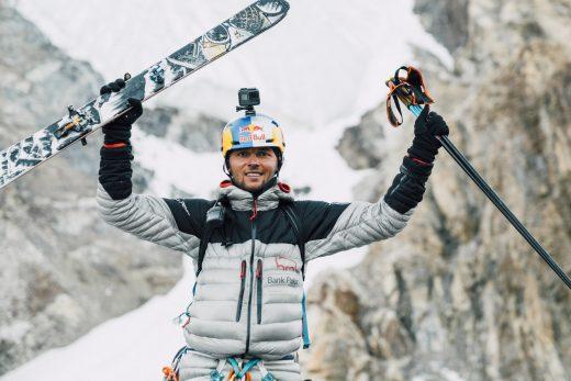 Andrzej Bargiel po zjeździe z K2 (fot. Marek Ogień)