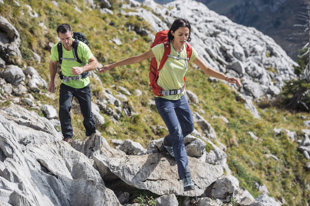 """Przymierzaj Przemierzaj - """"Gdzie na weekend w góry"""" (fot. materiały marki Salomon)"""