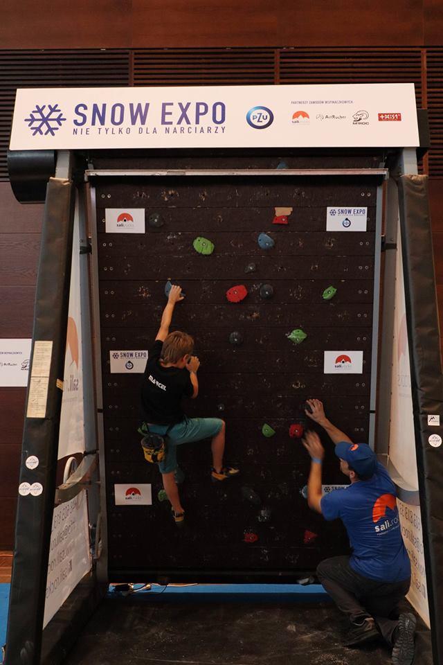 Zawody wspinaczkowe podczas SnoW Expo 2018 rozegrane zostały na mobilne ściance wspinaczkowej Sali Rocks (fot. Wspinanie.pl)
