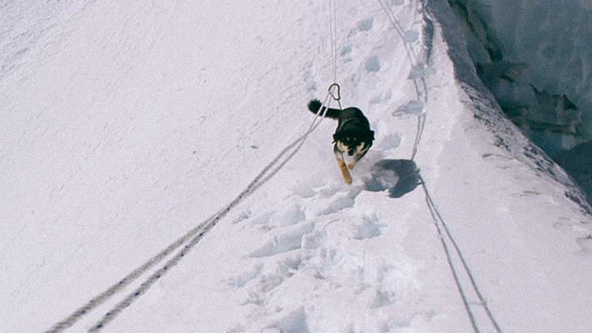 Mera w drodze na Baruntse (fot. Don Wargowsky / outsideonline.com)