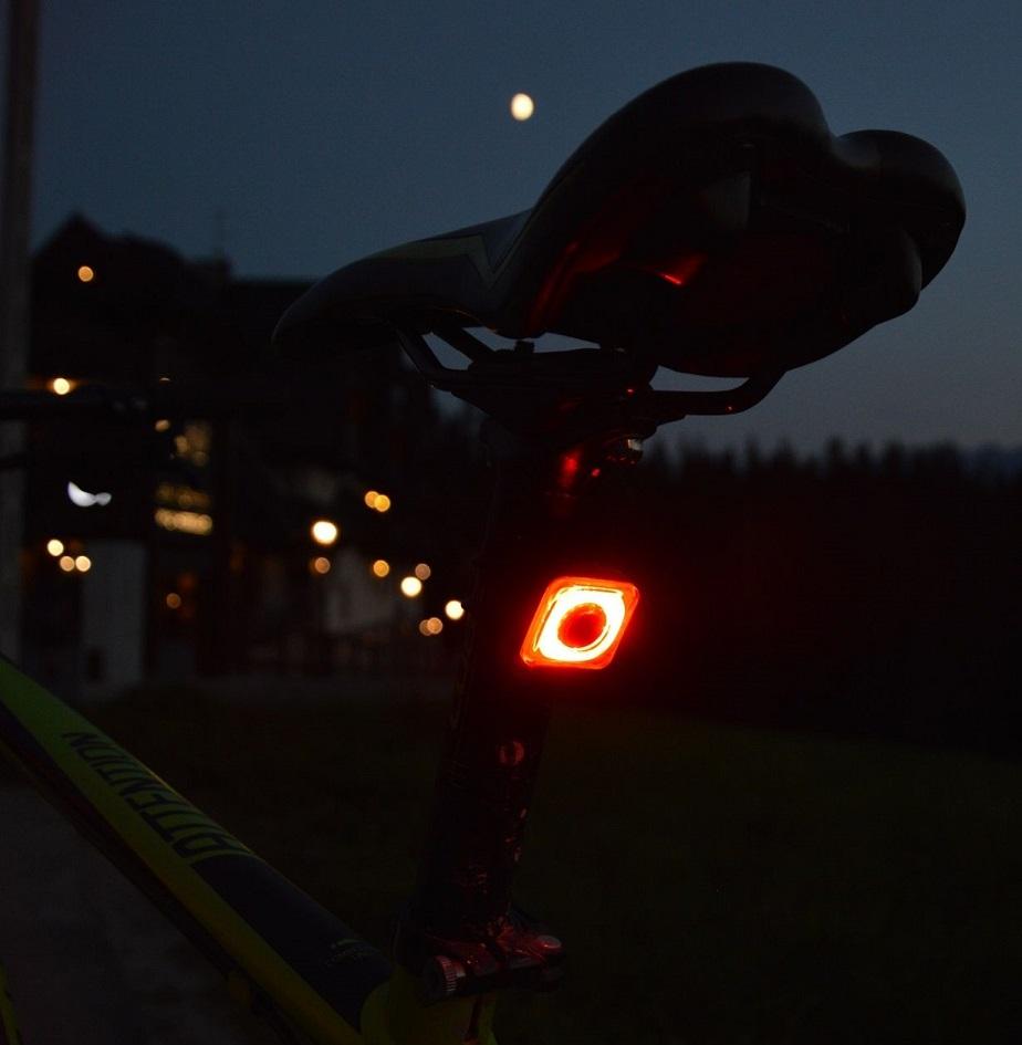 Mactronic Radzi Oświetlenie Na Rowerowe Wakacje Góry