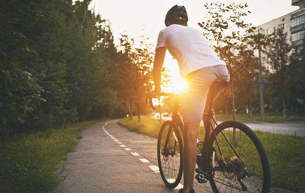 Prawa i obowiązki rowerzysty: wyposażenie i ubezpieczenie roweru (fot. Adobe Stock)