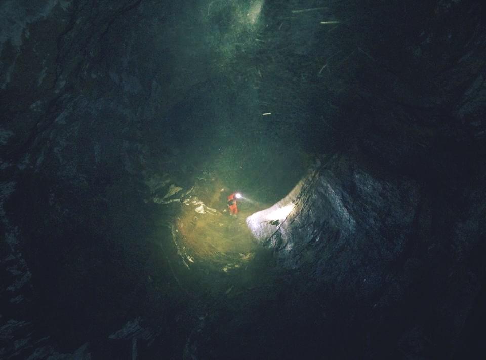Wielka Studnia w Jaskini Wielkiej Śnieżnej  (fot. Wojciech Łuźniak)