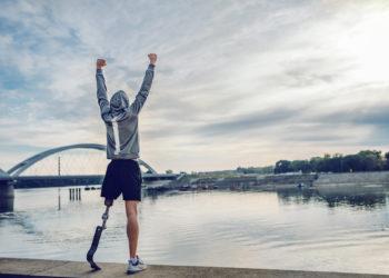 Potrzebna proteza lub rehabilitacja? Pomogą biegacze Poland Business Run 2020 (fot. mat. prasowy)