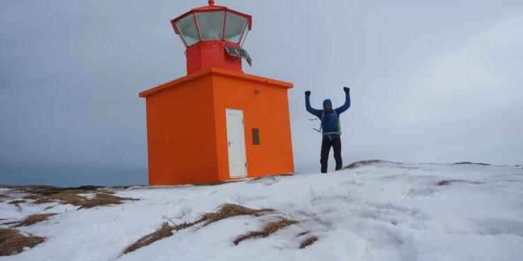 Łukasz Supergan na przylądku Ondverdarnes - końcowym przystanku wyprawy (fot. Łukasz Supergan)